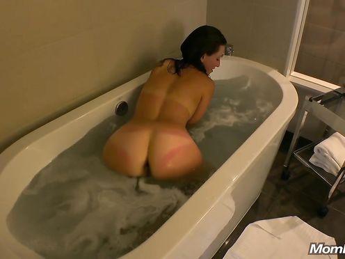 Домашнее видео минета и траха в ванной