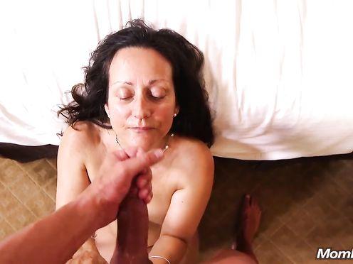 Любительское видео минета и секса со старушкой