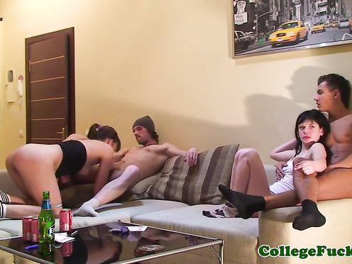 Русская секс оргия на студенческой вечеринке