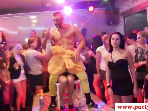 Оргия на европейской вечеринке в клубе