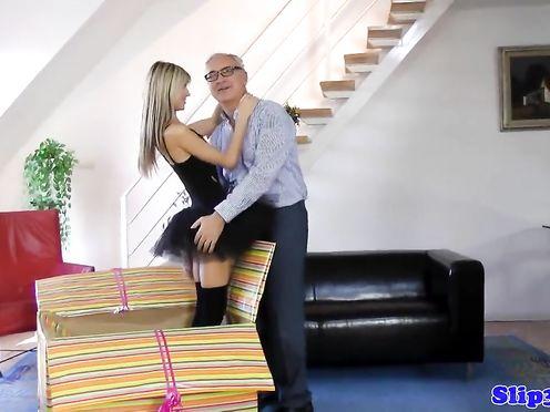 Аматорское видео развлечений двух лесбиянок