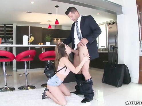 Жестко трахнул любовницу после командировки