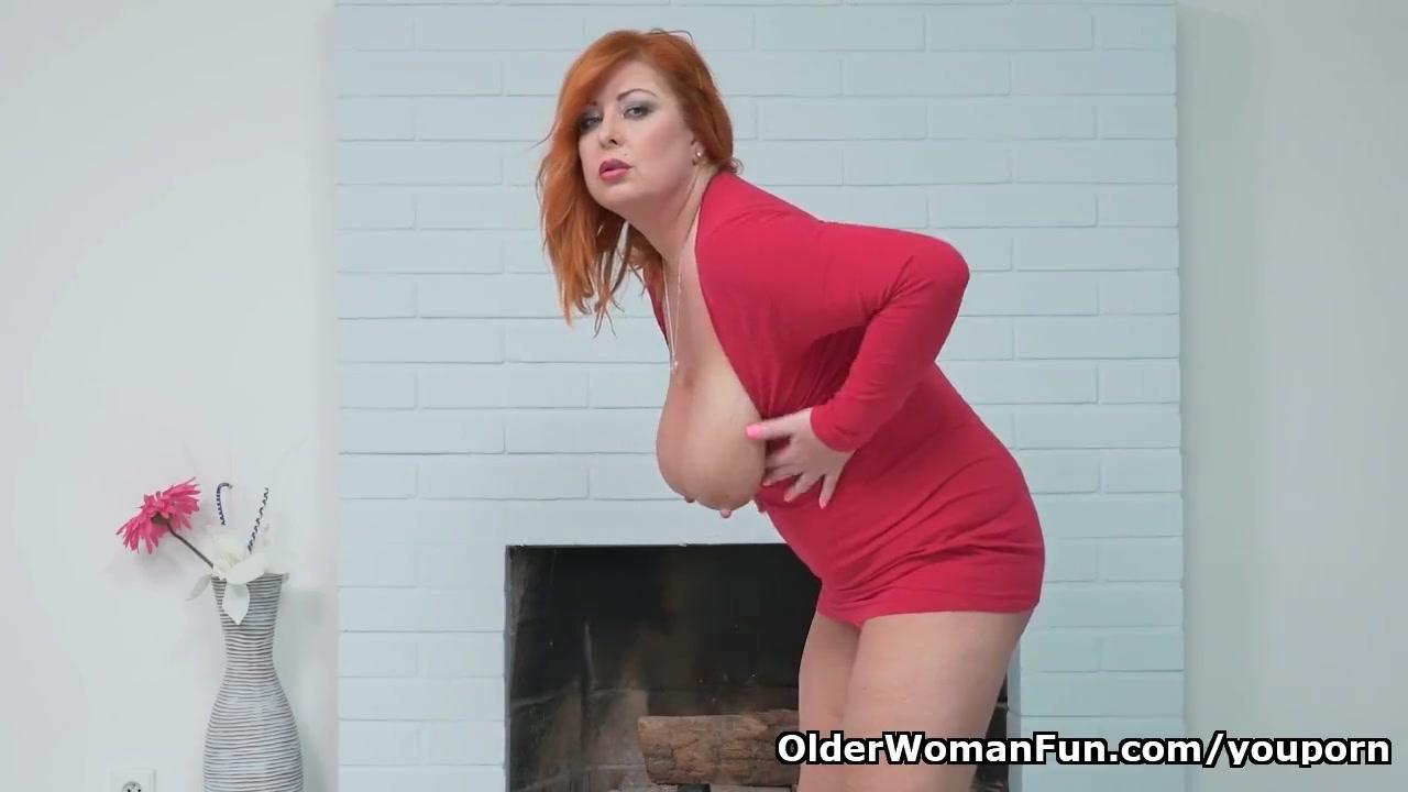 Рыжая толстая порноактирса